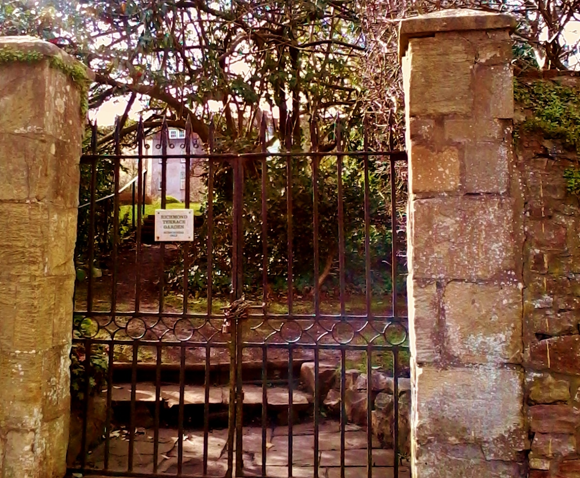 Richmond Terrace Gardens Entrance