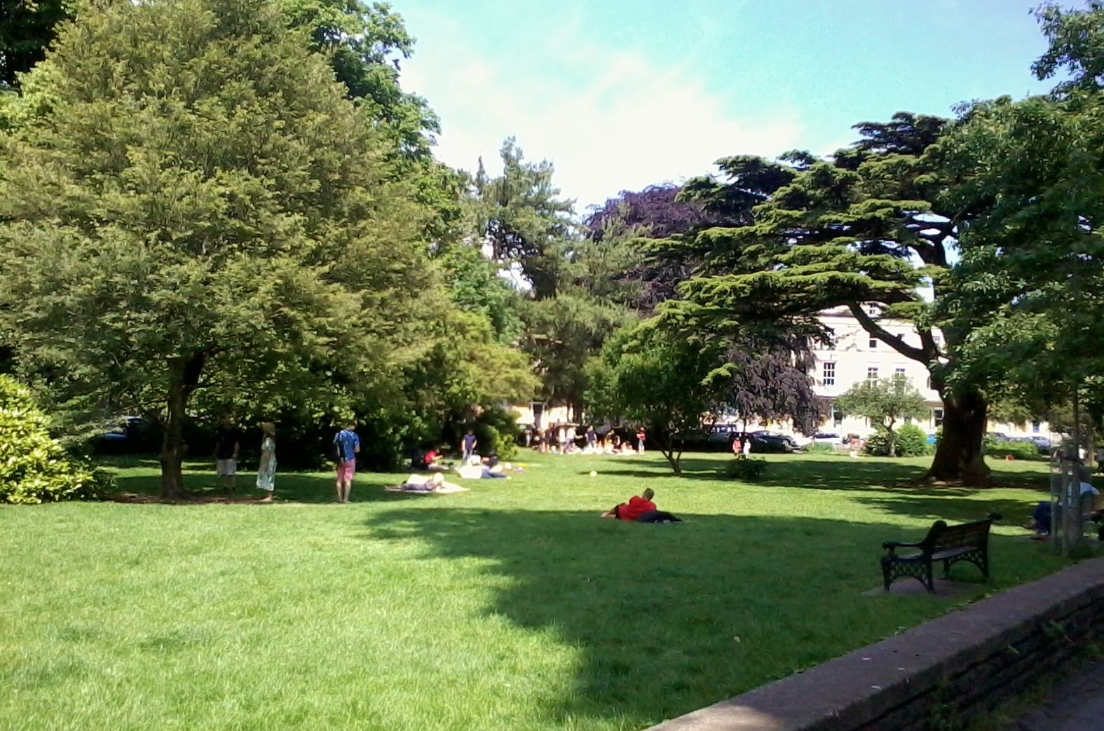 Sunbathing & Picnics in Victoria Square